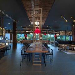 Отель The Level at Melia Punta Cana Beach Adults Only гостиничный бар
