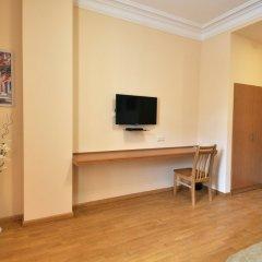 Отель Albert House Hotel Армения, Ереван - 1 отзыв об отеле, цены и фото номеров - забронировать отель Albert House Hotel онлайн удобства в номере фото 2