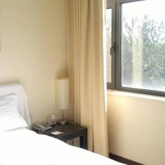 Отель B and B Inn комната для гостей фото 4