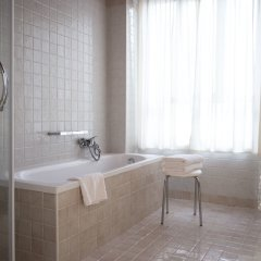 Отель Antico Hotel Vicenza Италия, Виченца - отзывы, цены и фото номеров - забронировать отель Antico Hotel Vicenza онлайн ванная
