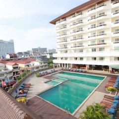 Отель Jomtien Thani Hotel Таиланд, Паттайя - 3 отзыва об отеле, цены и фото номеров - забронировать отель Jomtien Thani Hotel онлайн бассейн фото 2