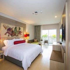 Отель Ramada by Wyndham Phuket Deevana Patong Стандартный номер с различными типами кроватей фото 8