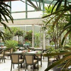 Отель La Perle Франция, Париж - отзывы, цены и фото номеров - забронировать отель La Perle онлайн питание фото 2