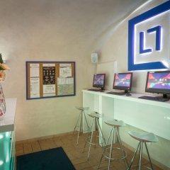 Отель Little Quarter Hostel Чехия, Прага - 11 отзывов об отеле, цены и фото номеров - забронировать отель Little Quarter Hostel онлайн интерьер отеля фото 3