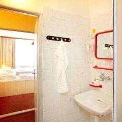 Отель Charles Central ванная фото 2