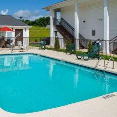 Отель Quality Inn Vicksburg бассейн