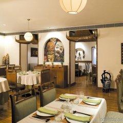 Отель Vivanta Ambassador, New Delhi Индия, Нью-Дели - отзывы, цены и фото номеров - забронировать отель Vivanta Ambassador, New Delhi онлайн питание