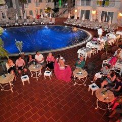 The Blue Lagoon Deluxe Hotel питание