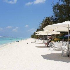 Отель Sunny Suites Inn Мальдивы, Мале - отзывы, цены и фото номеров - забронировать отель Sunny Suites Inn онлайн пляж