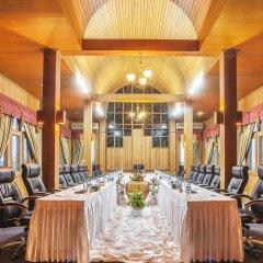 Отель Aye Thar Yar Golf Resort фото 2
