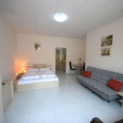 Апартаменты Menada Tarsis Apartments Солнечный берег комната для гостей фото 3