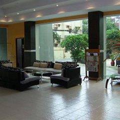 Crown Pattaya Beach Hotel интерьер отеля