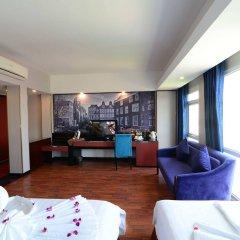 Отель Gia Bao Grand Hotel Вьетнам, Ханой - отзывы, цены и фото номеров - забронировать отель Gia Bao Grand Hotel онлайн комната для гостей фото 2