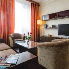 Гостиница Аэростар комната для гостей