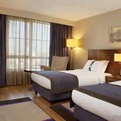 Отель Holiday Inn Istanbul Sisli комната для гостей