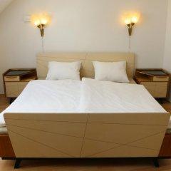 Отель Hostel Boudnik Чехия, Прага - 1 отзыв об отеле, цены и фото номеров - забронировать отель Hostel Boudnik онлайн комната для гостей фото 3