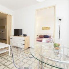 Отель Stay Barcelona Apartments Plaza España Испания, Барселона - отзывы, цены и фото номеров - забронировать отель Stay Barcelona Apartments Plaza España онлайн комната для гостей фото 5