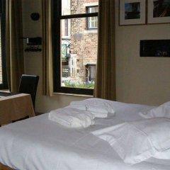 Отель Calis Bed and Breakfast Бельгия, Брюгге - отзывы, цены и фото номеров - забронировать отель Calis Bed and Breakfast онлайн комната для гостей фото 5