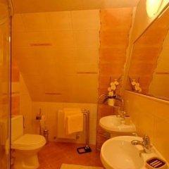 Отель Willa Góralsko Riwiera Польша, Закопане - отзывы, цены и фото номеров - забронировать отель Willa Góralsko Riwiera онлайн ванная
