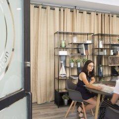 Отель SingularStays Parque Central развлечения