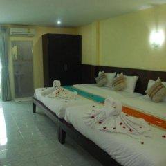 Отель Patong Palm Guesthouse комната для гостей фото 5