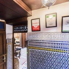 Отель Riad Dar Guennoun Марокко, Фес - отзывы, цены и фото номеров - забронировать отель Riad Dar Guennoun онлайн гостиничный бар