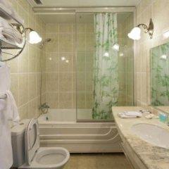 Гостиница Море в Тюмени 1 отзыв об отеле, цены и фото номеров - забронировать гостиницу Море онлайн Тюмень ванная