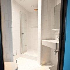 Отель Generator Amsterdam Нидерланды, Амстердам - 3 отзыва об отеле, цены и фото номеров - забронировать отель Generator Amsterdam онлайн ванная