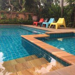 Отель Naris Art Паттайя бассейн