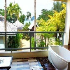 Отель Anyavee Tubkaek Beach Resort ванная