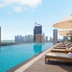 Отель Andaz Singapore - a concept by Hyatt бассейн
