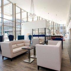 Отель Hampton by Hilton Amsterdam/Arena Boulevard Нидерланды, Амстердам - 2 отзыва об отеле, цены и фото номеров - забронировать отель Hampton by Hilton Amsterdam/Arena Boulevard онлайн интерьер отеля фото 3