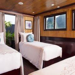 Отель Aphrodite Cruises комната для гостей