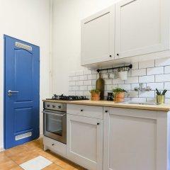 Апартаменты Chic Tarragon Apartments в номере