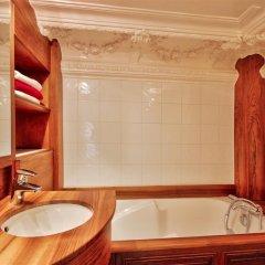 Апартаменты Luxury apartment - garden access Monceau ванная