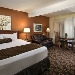 Отель Inn By The Harbor комната для гостей