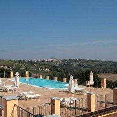 Отель Villa Morneto Виньяле-Монферрато бассейн фото 2