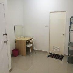 Checkin Hostel At Donmuang Airport Бангкок удобства в номере