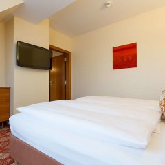 Hotel Kaiserhof Wien сейф в номере