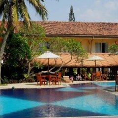 Hibiscus Beach Hotel & Villas бассейн фото 2