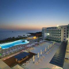 King Evelthon Beach Hotel & Resort бассейн фото 3