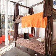 Hip Karma Hostel Барселона интерьер отеля