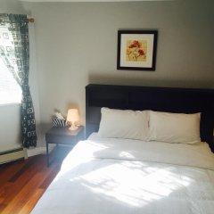 Отель Deer Lake House Канада, Бурнаби - отзывы, цены и фото номеров - забронировать отель Deer Lake House онлайн комната для гостей фото 3