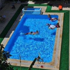 Отель Turan Apart бассейн