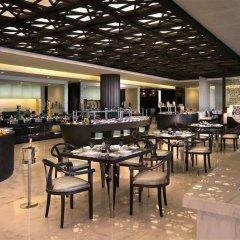 Отель Sofitel Abu Dhabi Corniche ОАЭ, Абу-Даби - 1 отзыв об отеле, цены и фото номеров - забронировать отель Sofitel Abu Dhabi Corniche онлайн питание