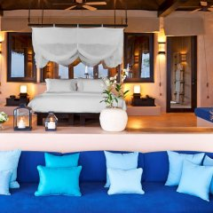 Отель The Naka Island, A Luxury Collection Resort and Spa, Phuket комната для гостей
