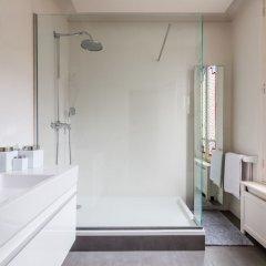 Отель Charming Townhouse Near Parc Montsouris Франция, Париж - отзывы, цены и фото номеров - забронировать отель Charming Townhouse Near Parc Montsouris онлайн ванная