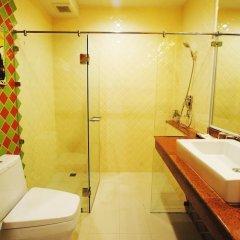 Отель Focal Local Bed And Breakfast Бангкок ванная