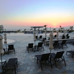 Amphora Hotel & Suites пляж