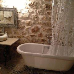 Отель Traditional Cretan Houses ванная